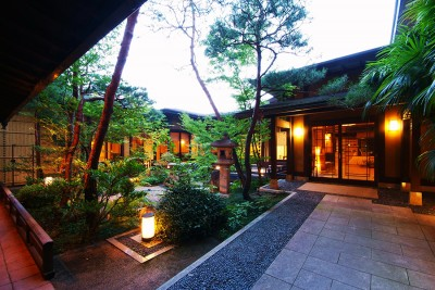 SELECTED ONSEN RYOKAN  best in japan private hot spring