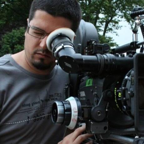 SEL-17-CARONTE-director