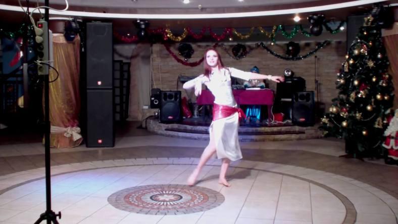 Baladi Bellydance with White Dress - Dança do Ventre Egípcia com Vestido de Seda Branco 01