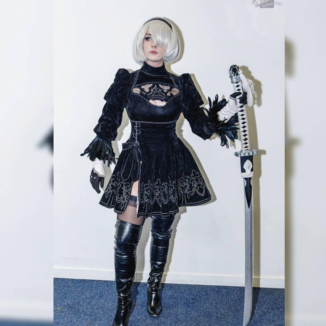 Cosplay impressionante da 2B - Nier Automata - Cosplay Feminino com vestido 02