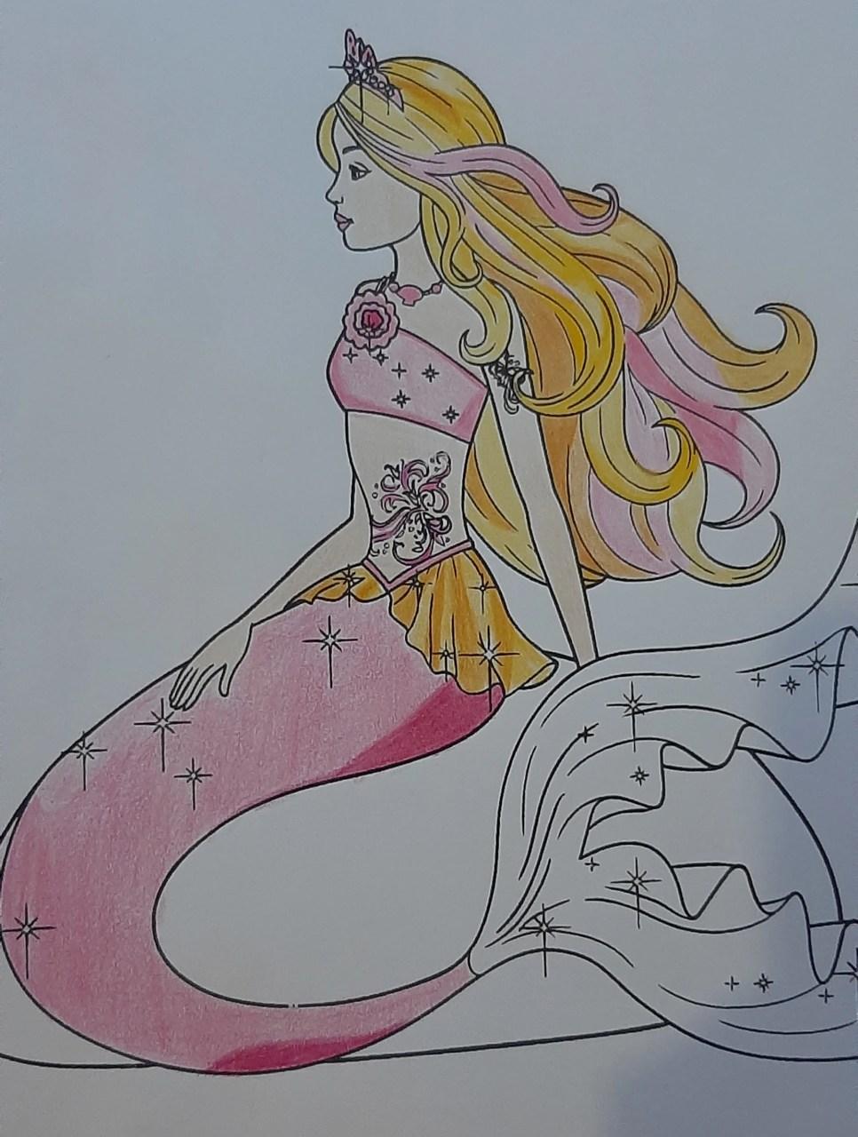 Barbie Sereia - Colorindo um desenho com lápis de cor tradicional - Cabelos longos 07