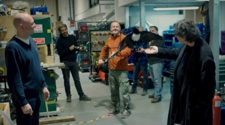 Neil Gaiman no set de Sandman - Netflix 02