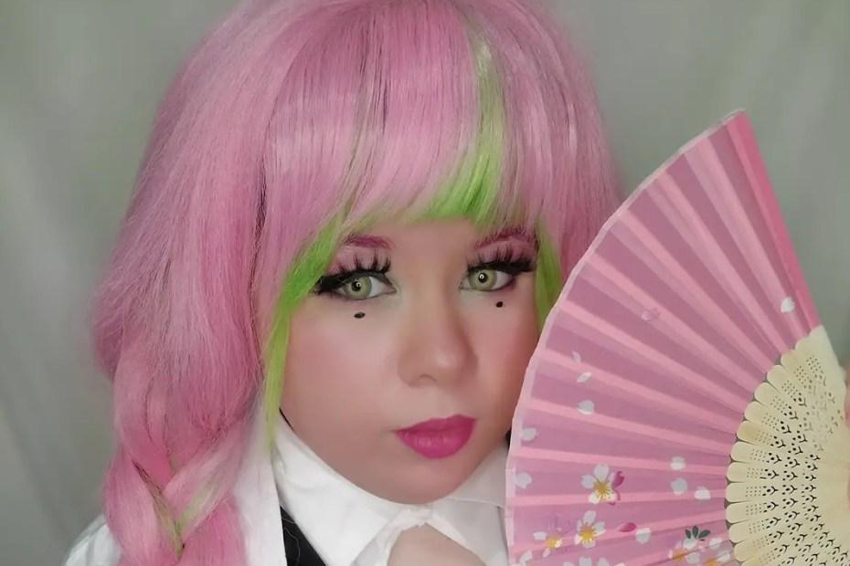 Mitsuri Kanroji Cosplay - Kimetsu no Yaiba Capa