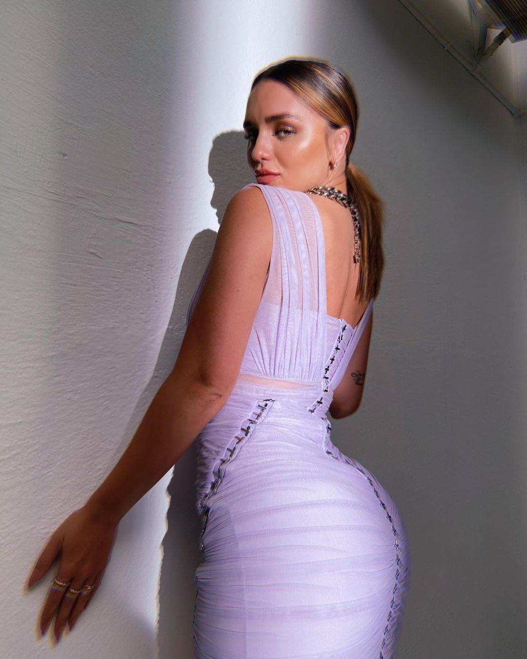 Rafa Kalimann com um belo vestido lilás - 02