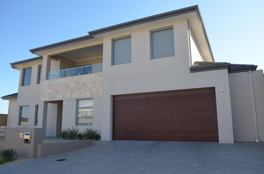 Custom House Build Iluka