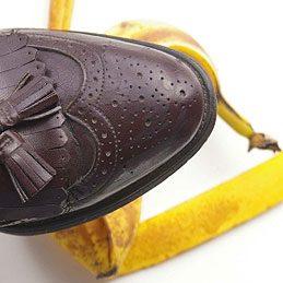 3. Astiquer argenterie et chaussures en cuir