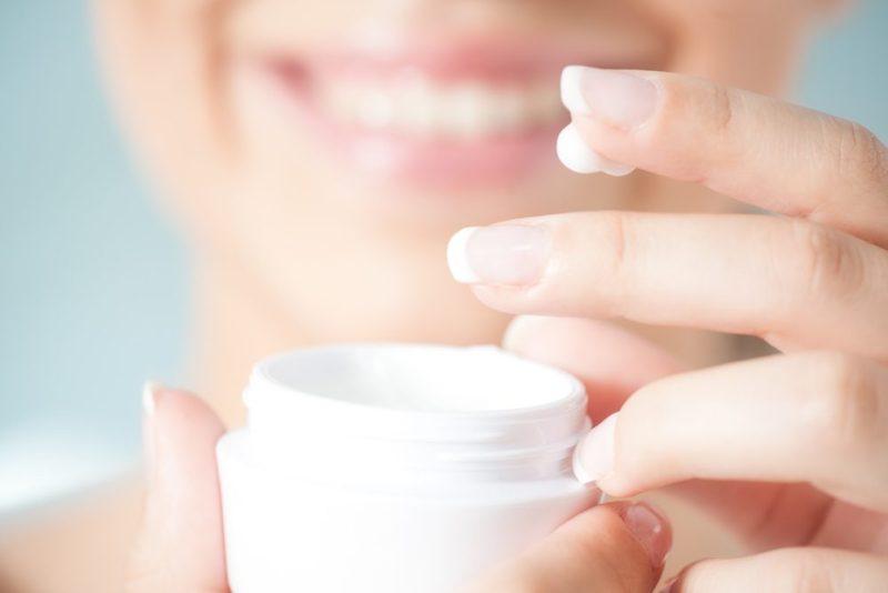Les lotions hydratantes renferment souvent des éléments qui augmentent la photosensibilité