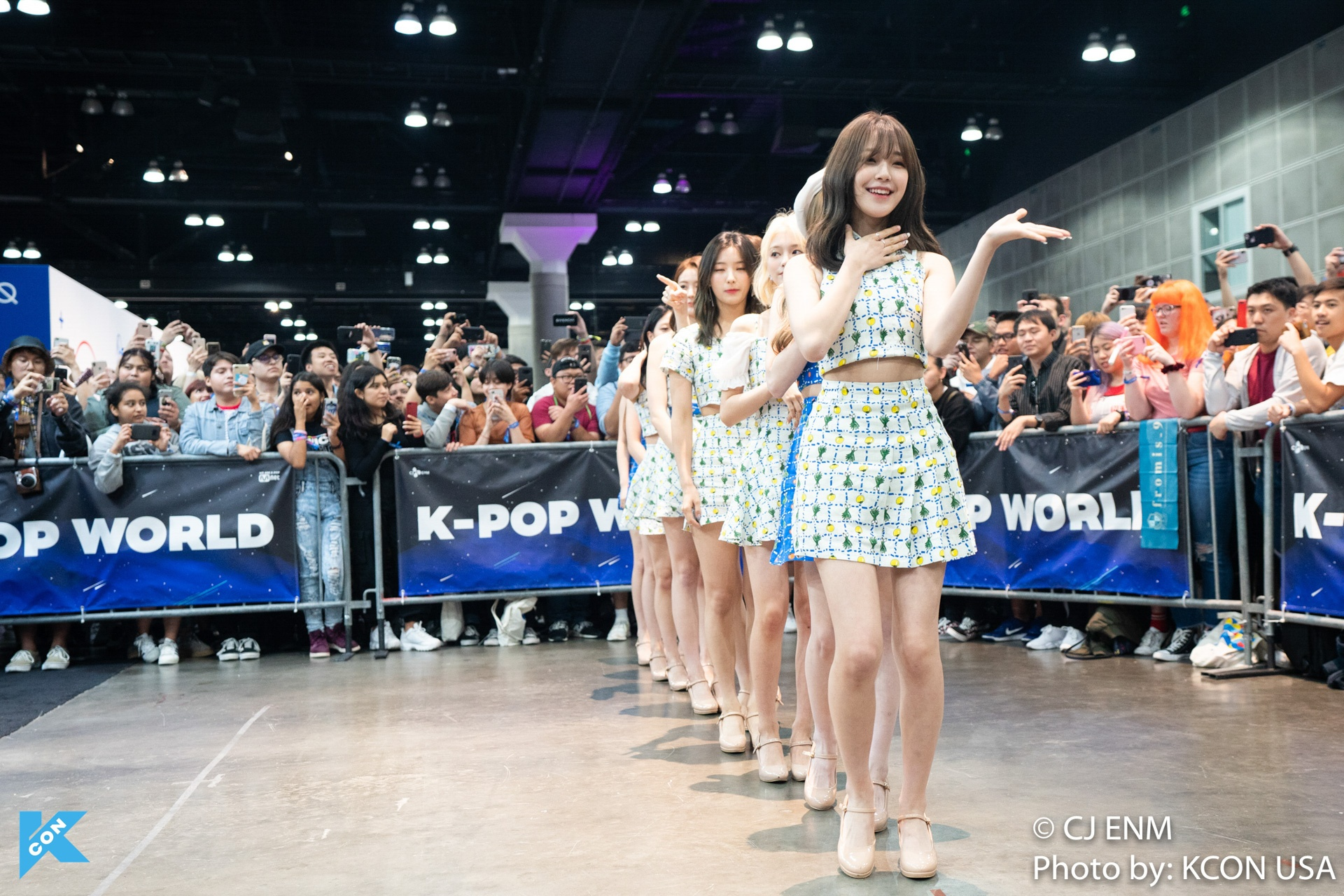 KCON LOS ANGELES 2019 FROMIS9 APPEARANCE-5