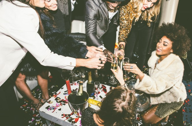 5 Tips For Throwing The Best Apartment Party