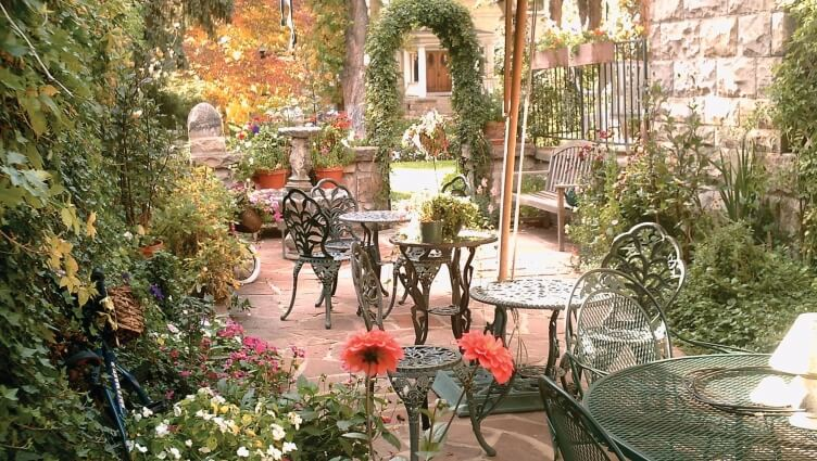 Castle Marne Bed and Breakfast