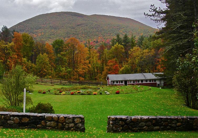 West Mountain Inn Fall