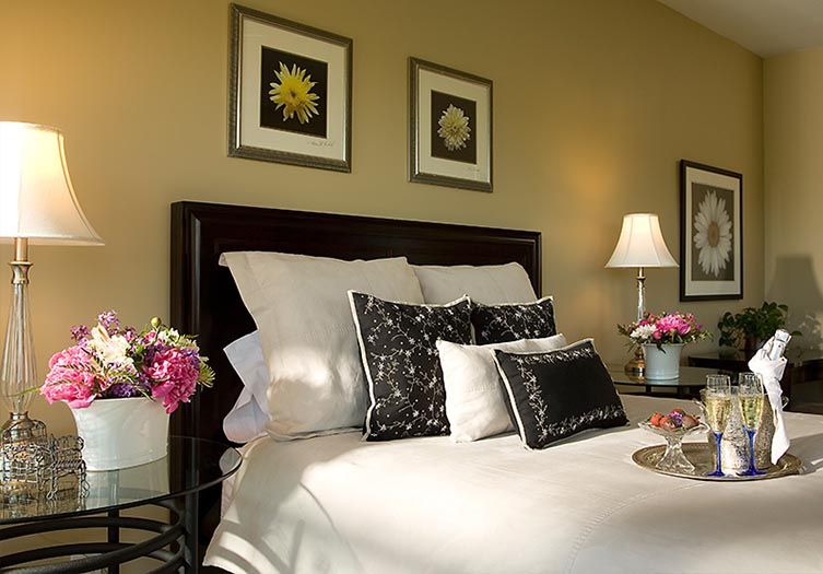 riverbend-guestroom1