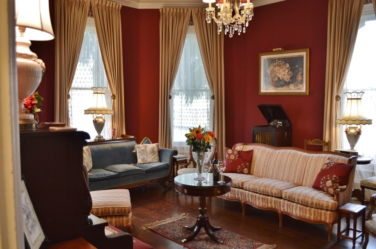 the-gables-sitting-room