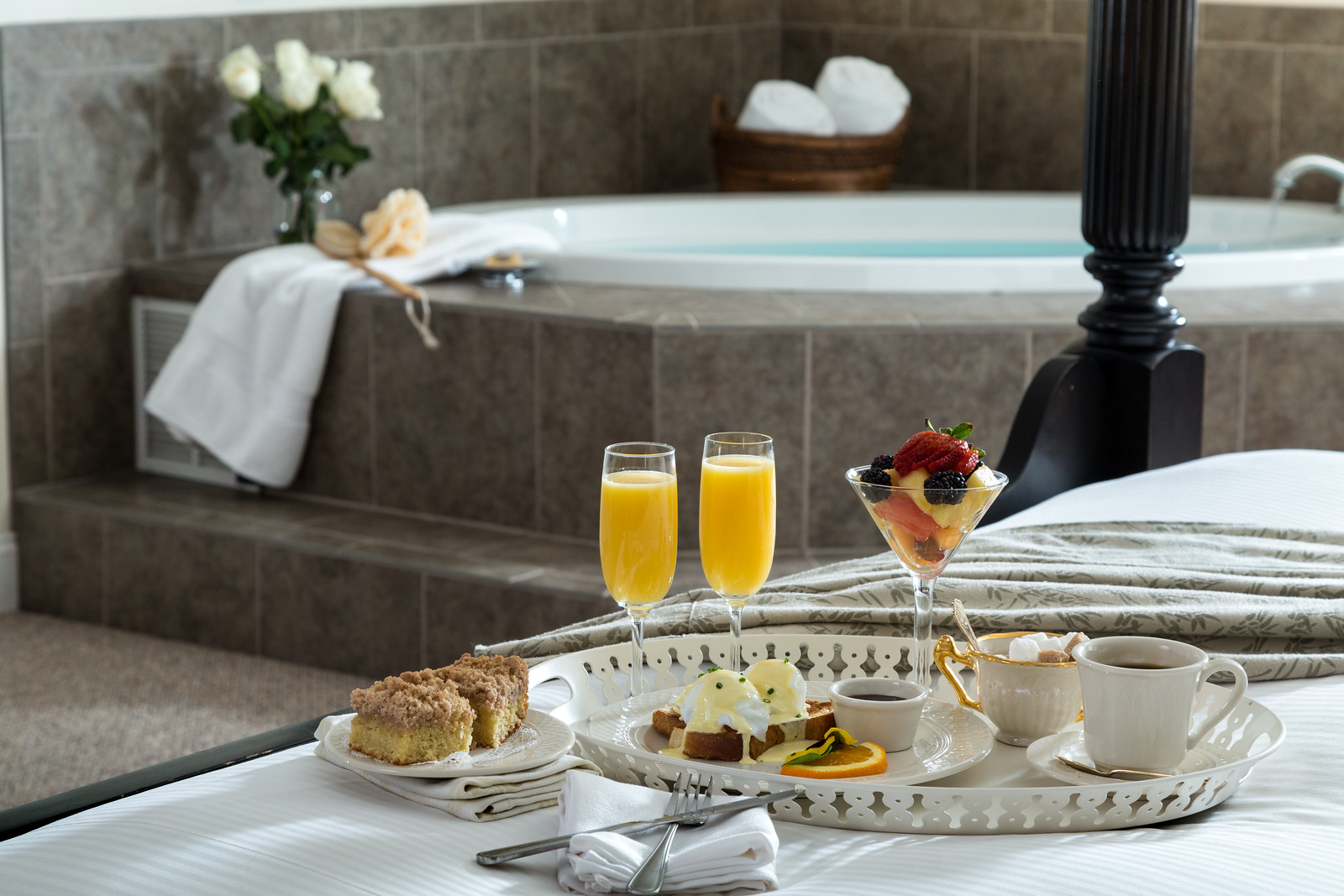 French-Manor-Rooms-Spa-5-7-X3.jpg