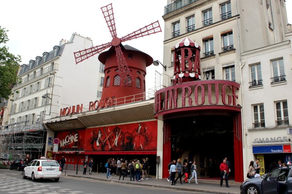 Moulin Rouge Selene