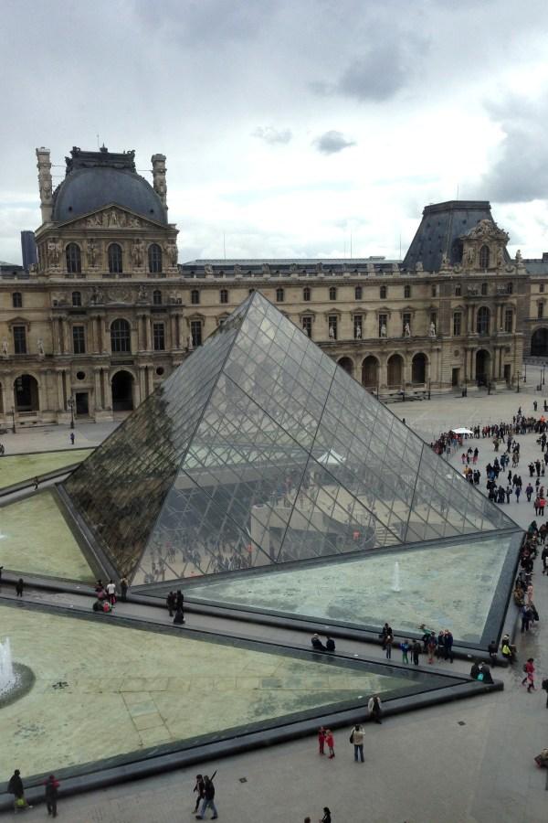 Day Louvre Selene
