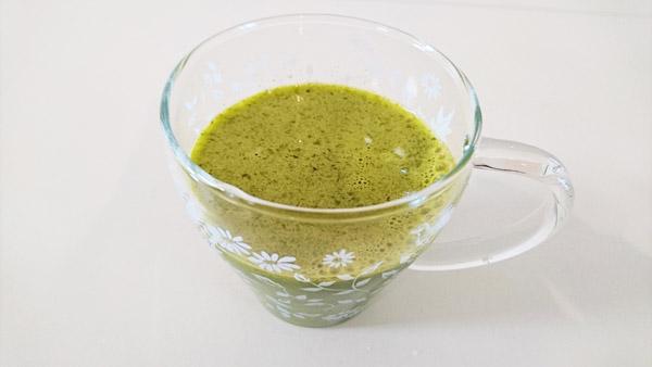 ニンジンドリンクに小松菜を加えたカルシウムによる精神安定効果の高いドリンクの画像
