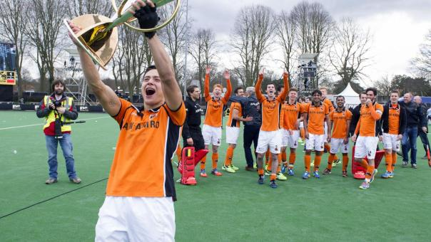 oranje-zwart-wint-finale-euro-hockey-league-shoot-outs