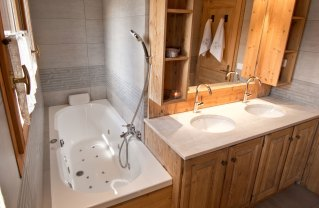 Luxury chalet facilities such as jacuzzi spa baths,
