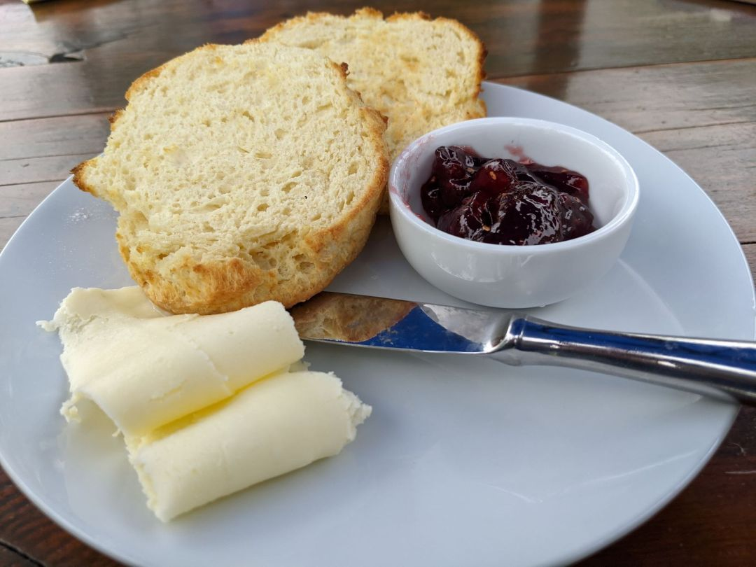 Bannock with butter and jam
