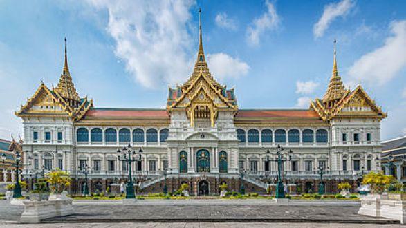 Chakri_Maha_Prasat_Grand_Palace_Bangkok,_Thailand
