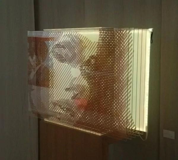 Nahaufnahme- Frauen Porträt- 3D Optische Illusion Kunstwerk aus Klebeband