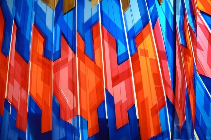 Graffititum- Paketklebeband-Installation für The Haus -Nahaufnahme