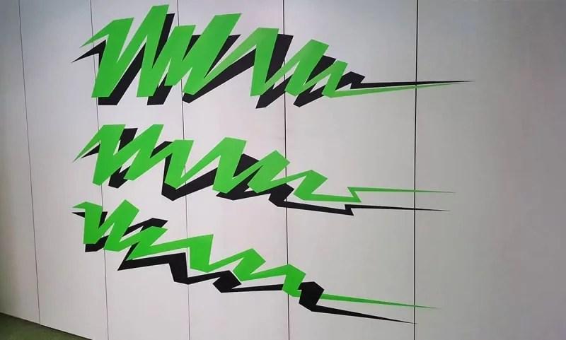 Text-tape-art-google-office-gestaltung-selfmadecrew-zurich-2016