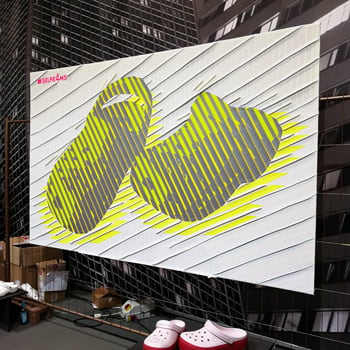 Live Painting mit Klebeband- Selfmadecrewfür Crocs- Coverbild