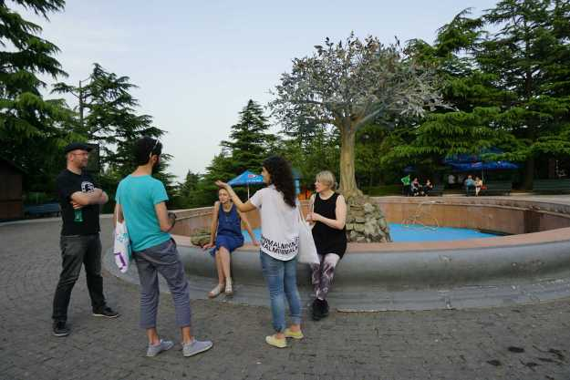 Uli and the artists discuss urban form in Mtatsminda Park