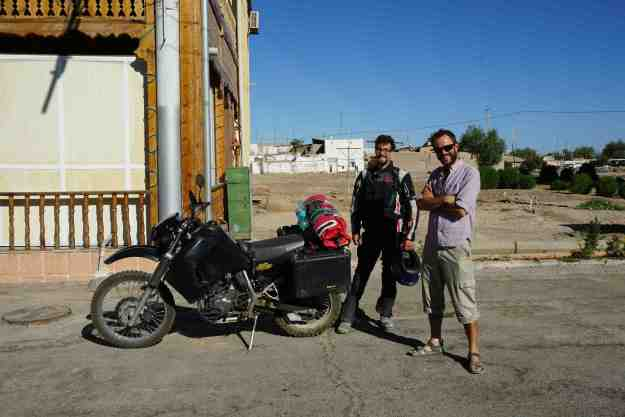 With Jonathan Richner at Alibek B&B in Khiva