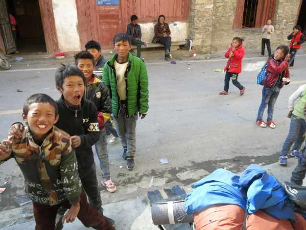 Village kids in Junba, Sichuan