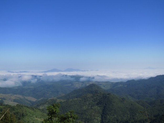 Temperature inversion on the road to Phonsavan, Laos