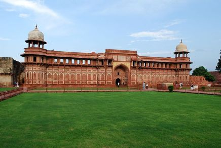 800px-Agra_Fort_13