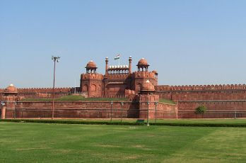 Red_Fort,_Delhi_by_alexfurr