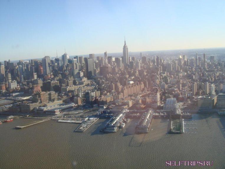 New York from the height of bird (helicopter) flight