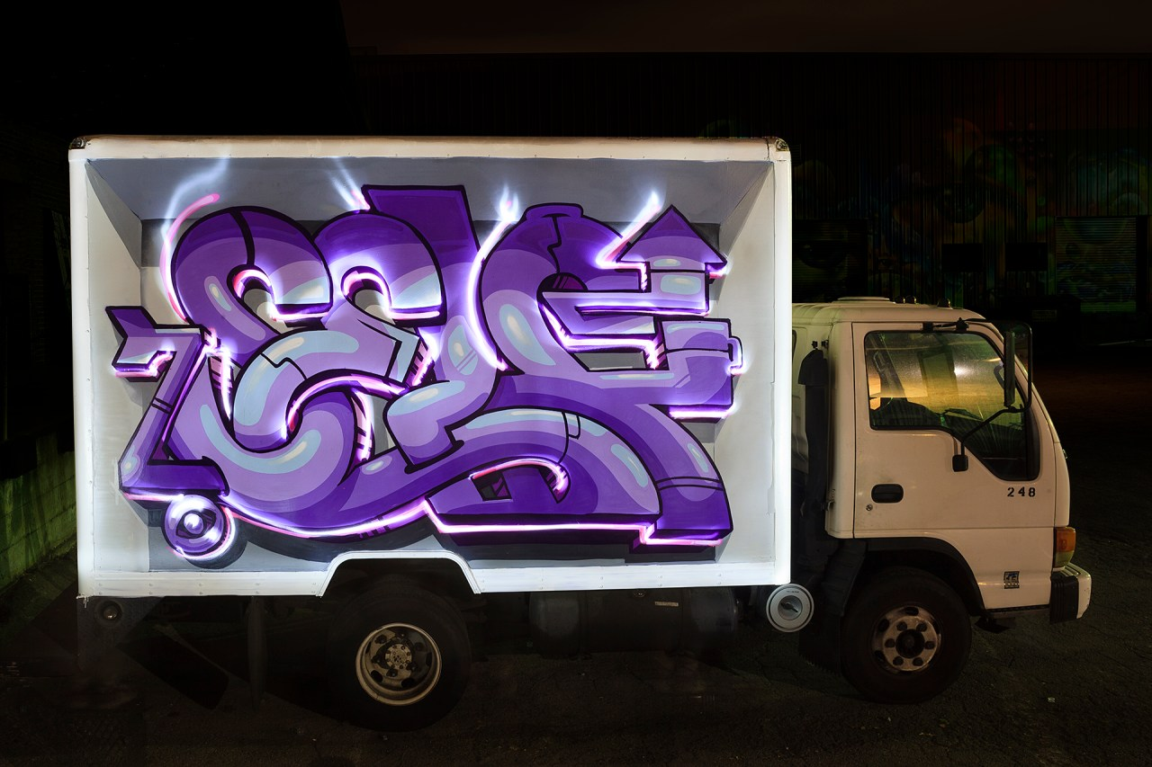 self selfuno graffiti burner truck light painting container yard downtown los angeles dtla hd