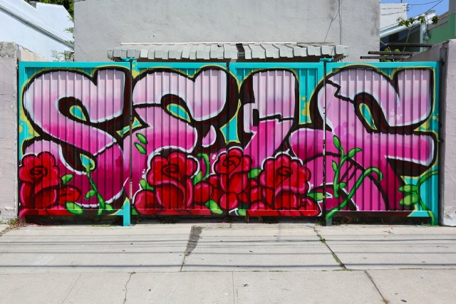 self selfuno rose gate labrea los angeles graffiti piece letters august 2013