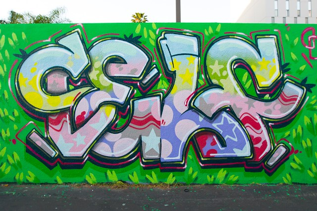 self selfuno hollywood holiday alley easter graffiti production letters funk image april 2015
