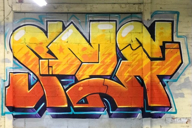 selfuno self graffiti piece los angeles dtla boyle heights burner letters connections outline funky style january 2017