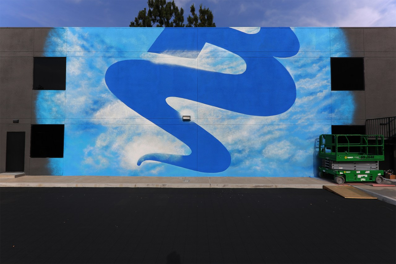 exterior_mural_glendale_production_company_selfuno_tewsr_tyer_los_angeles_california_spraypaint_art