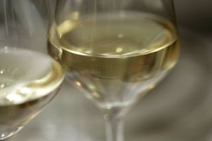 Best white wine home remedy for large pores and oily skin by thebottle-o.com.au