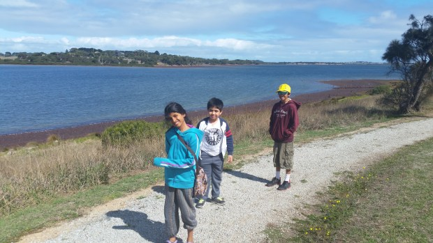 walk along churchhill island