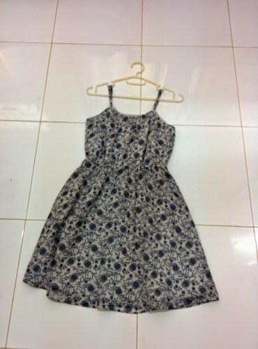 1 dress.