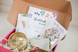Sparkle Hustle Open Box