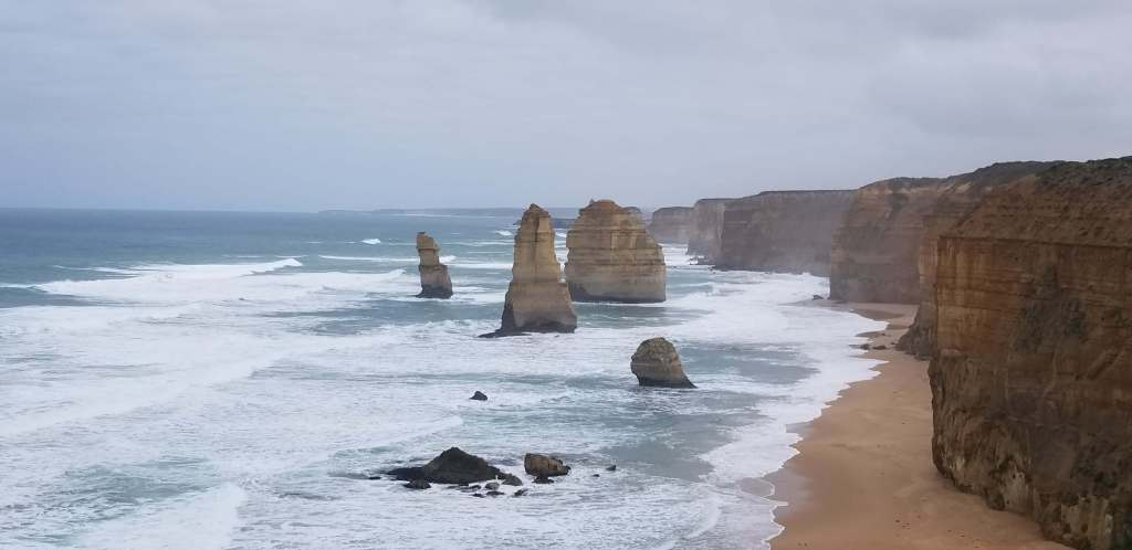image of the 12 Apostles in Australia