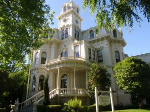 Jerry Brown and the California Governor's Mansion