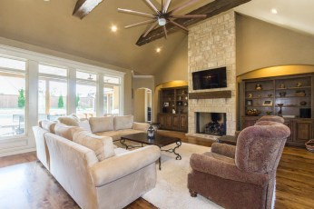Our stager uses your own furniture and belongings to feature your homes best qualities