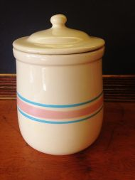 Cookie jar, Betty Draper collection