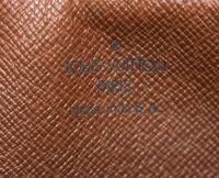 Louis Vuitton Monogram Canvas Pochette Shoulder Bag